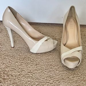 Tan Guess Heels. Size 7 with Snake Accents
